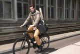 Basil Afpakfietstas voor mannen Urban fold blauw_